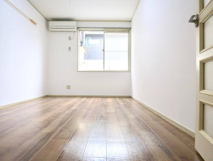 WING COURT 105号室  ちょっぴりヴィンテージ感があるクッションフロア。0
