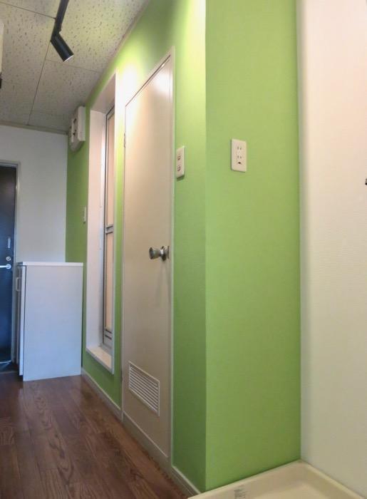 WING COURT 207号室 スポット照明がいい雰囲気です。IMG_4310