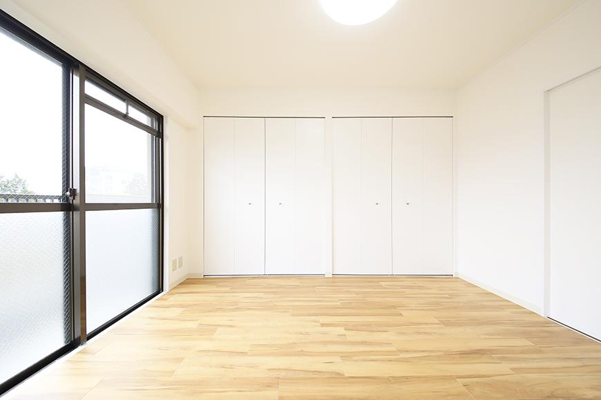 【TOMEI BASE】202号室_ベッドルーム_MG_1681