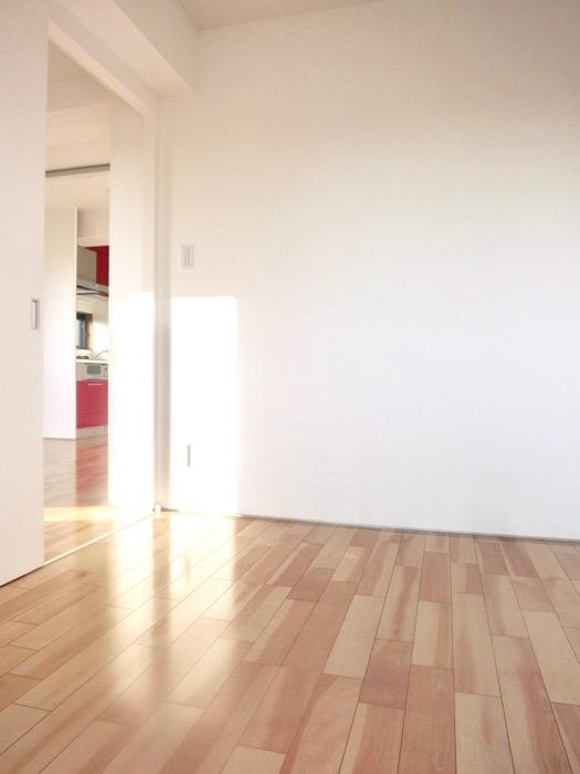AZUR JOSAI 4B 3.5帖のベットルーム。透明感のあるお部屋。IMG_4842
