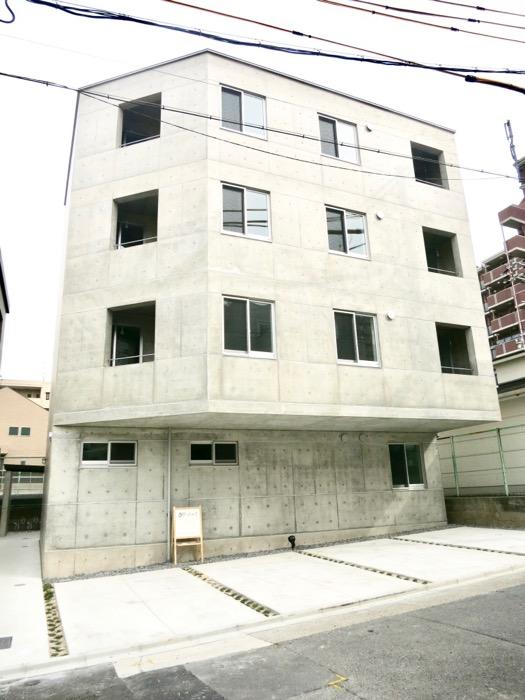 白壁ふたば荘 外観・共用 コンクリートが造るモダンin「和」な空間。9