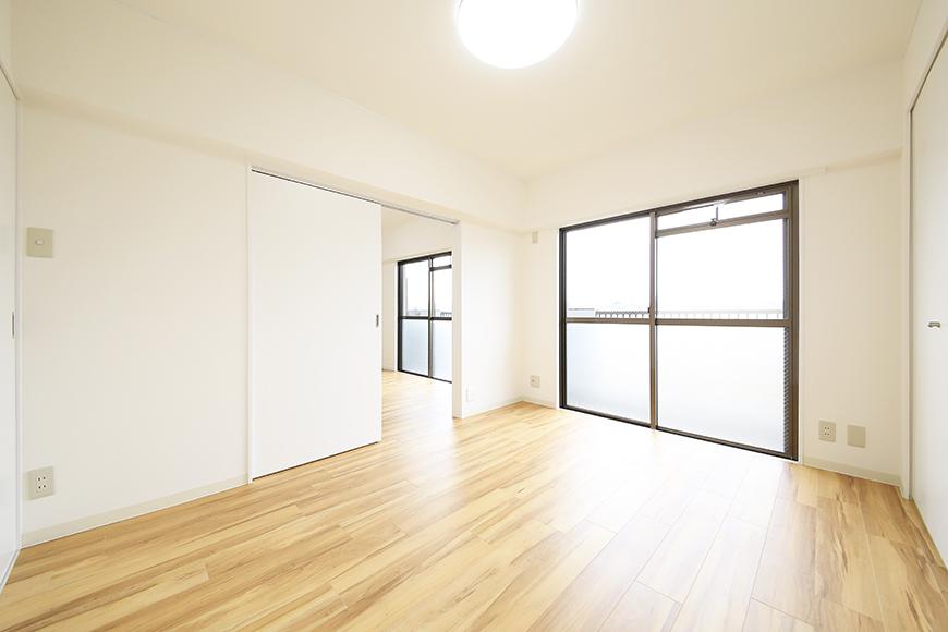 【TOMEI BASE】202号室_ベッドルーム_MG_1697