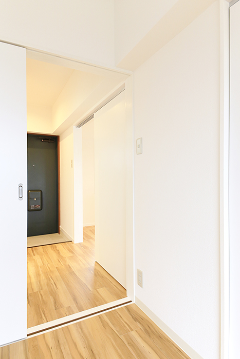 【TOMEI BASE】303号室_LDK_ベッドルーム_MG_2190