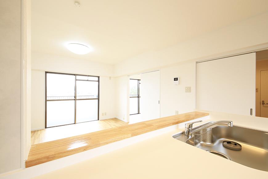 【TOMEI BASE】202号室_LDK_キッチン周り_MG_1546
