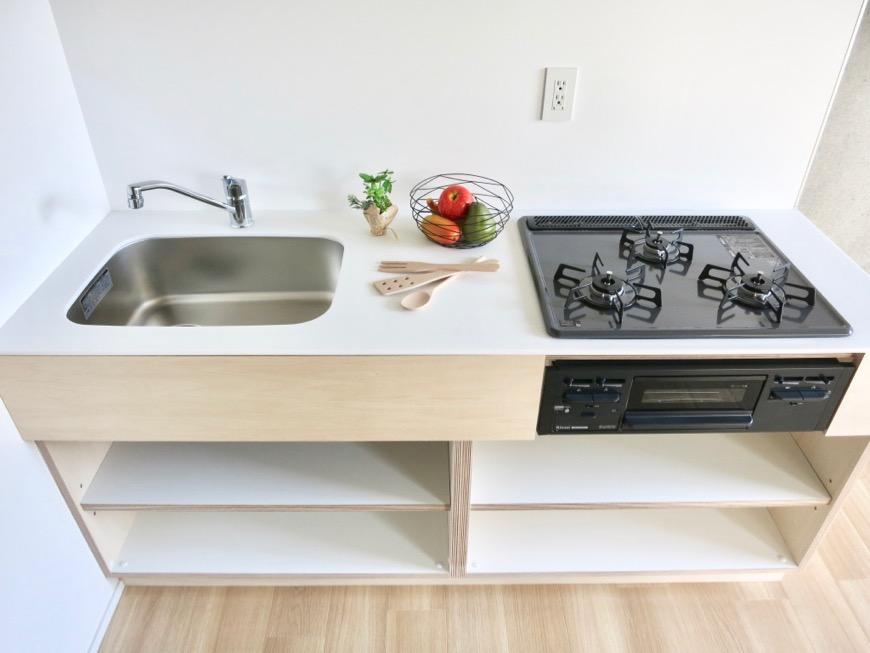 白壁ふたば荘 Ctype G号室 ナチュラル感満載なキッチン台。