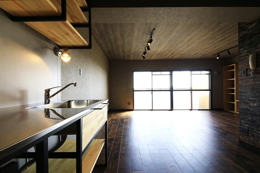 【シャンブルナルカワ】8A号室_キッチンからの眺望_MG_0664