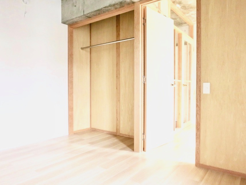 白壁ふたば荘 Ctype E号室 オープンクローゼット 。