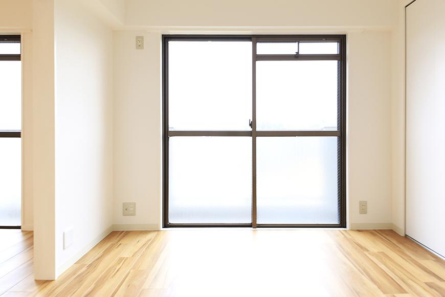 【TOMEI BASE】303号室_LDK_ベッドルーム_MG_2142