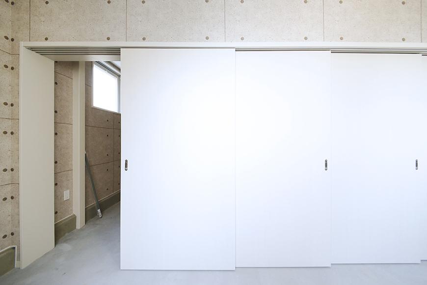 【ガレージハウスCUBE】A1_ガレージ_サービスルーム_MG_8041