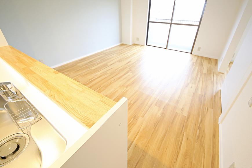 【TOMEI BASE】303号室_LDK_キッチン周り_MG_2222
