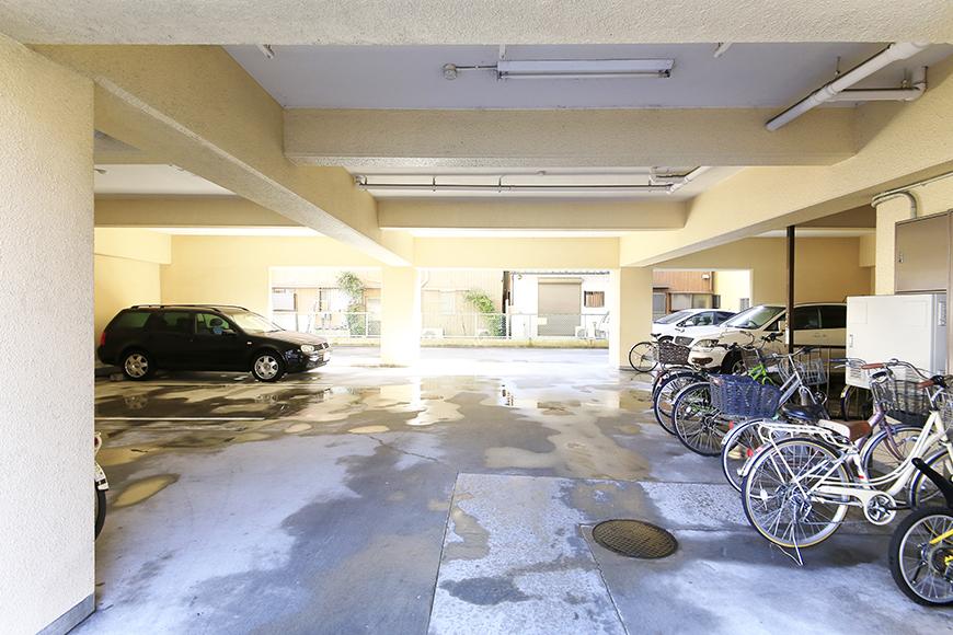 【シャンブルナルカワ】外観_駐車場・駐輪場_MG_0358