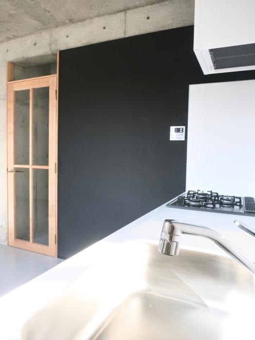 白壁ふたば荘 B,Dtype 黒板塗装の絵が描ける壁。