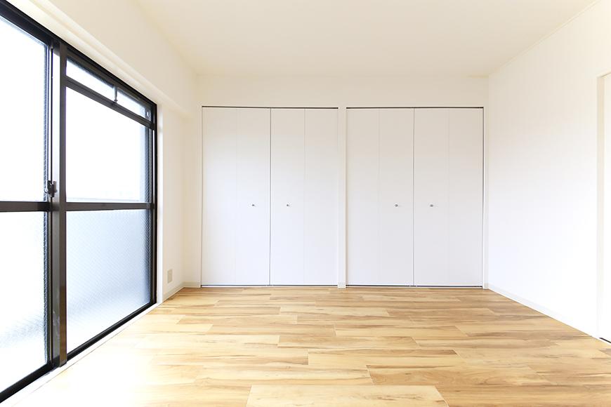 【TOMEI BASE】303号室_LDK_ベッドルーム_MG_2129