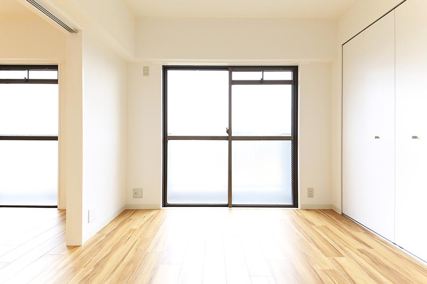 【TOMEI BASE】303号室_LDK_ベッドルーム_MG_2145