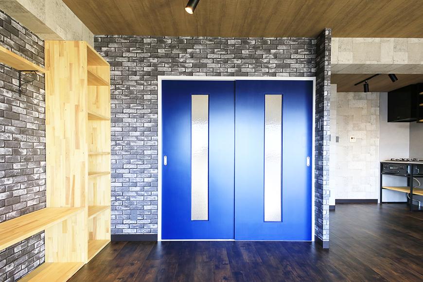 【シャンブルナルカワ】7A号室_洋室へのドア_MG_1093