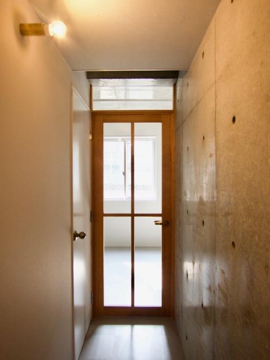 白壁ふたば荘 Btyep/Dtype 共通廊下 クールな廊下。