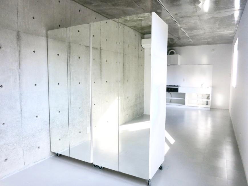白壁ふたば荘 Dtype B type 可動式クローゼットが設置済み。