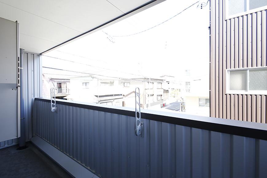 【ガレージハウスCUBE】A1_二階_ベランダ_MG_8503