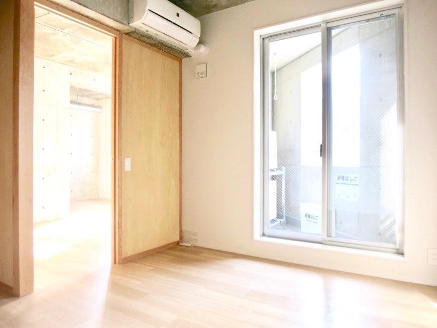 白壁ふたば荘 Ctype E号室 ベランダからは優しい光が差し込んでいます。