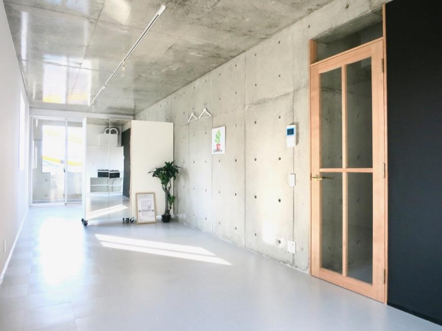 白壁ふたば荘 Dtype ギャラリーのような隠れ家空間。
