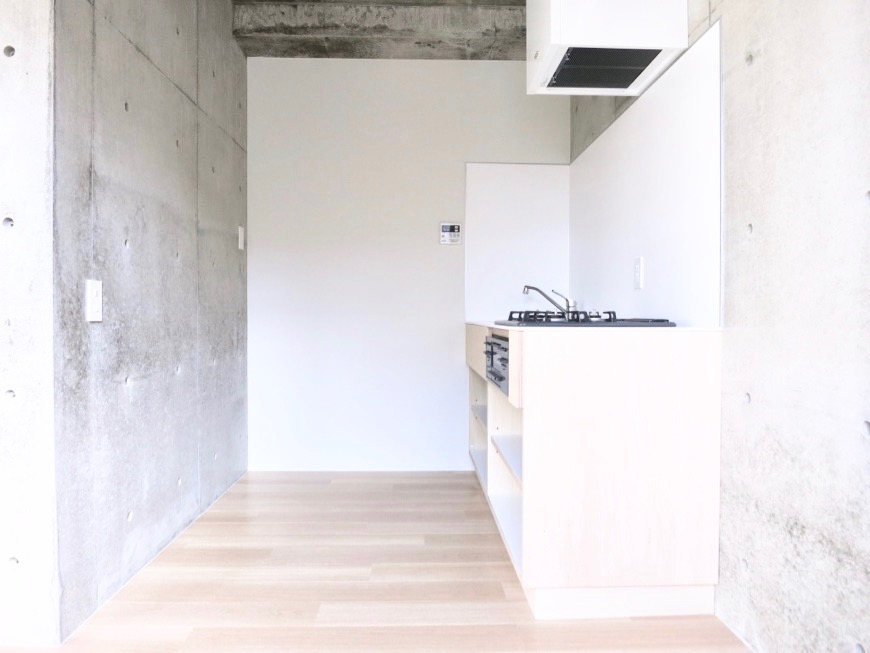 白壁ふたば荘 Ctype E号室 広々キッチンスペース。