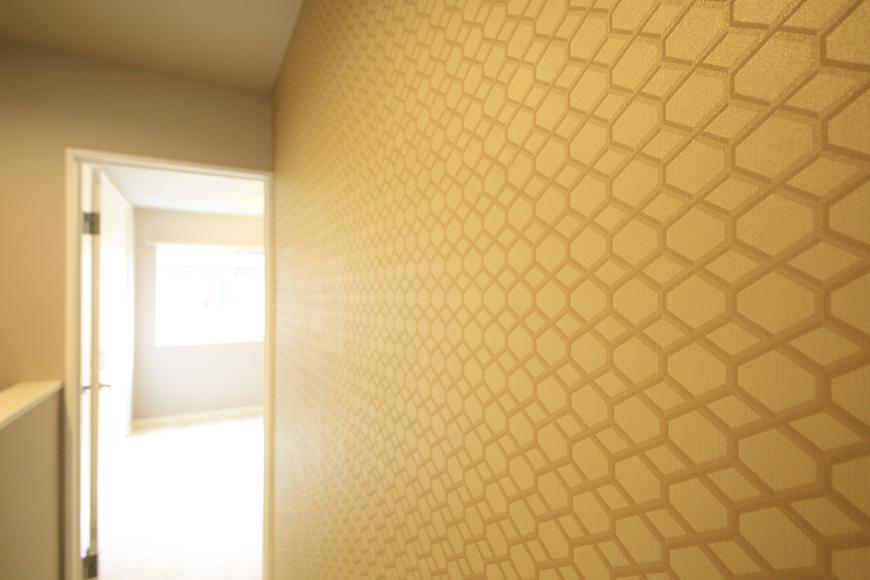 【ブランシェ・ア・ミュー】D号室_二階_階段付近の壁紙_MG_3290