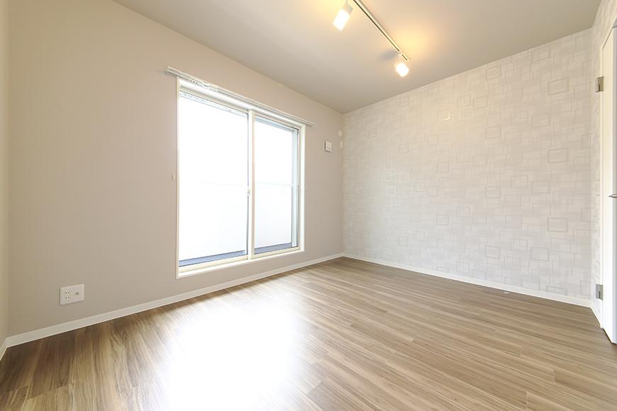 【ブランシェ・ア・ミュー】B号室_二階_洋室1_MG_2996
