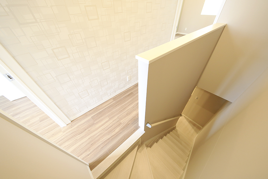 【ブランシェ・ア・ミュー】B号室_二階_階段付近_MG_2981