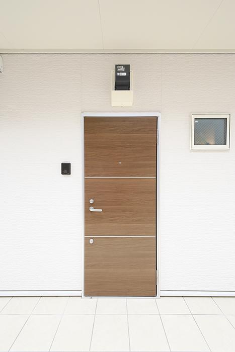 【ブランシェ・ア・ミュー】B号室_玄関ドア_MG_2747