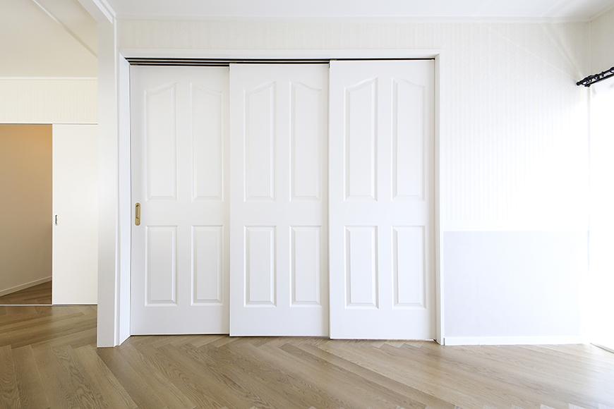 【キャッスル東栄】B棟_302号室_和室_可動式のドア_MG_2410