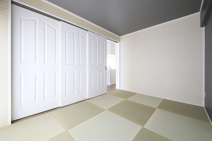 【キャッスル東栄】B棟_302号室_和室_可動式のドア_MG_2488