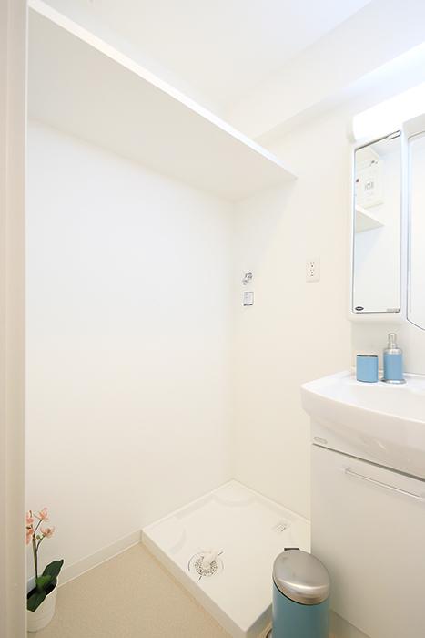 【ポルタニグラ】801号室_水周り_室内洗濯機置き場_MG_9179