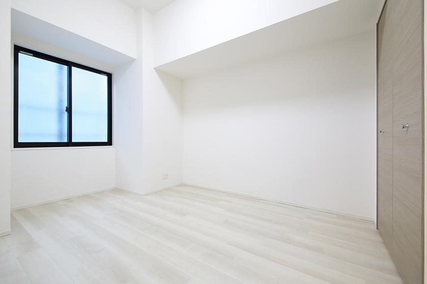 【リベルタカリーノ】301号室_洋室2_MG_6740