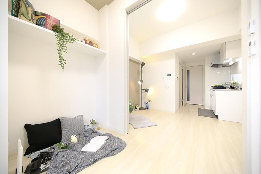 【ポルタニグラ】801号室_洋室_可動式仕切りドア_MG_9334
