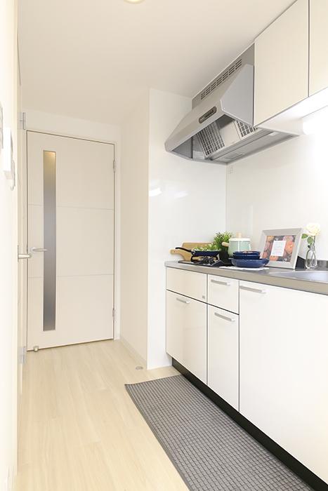 【ポルタニグラ】801号室_DK_キッチン_MG_9147