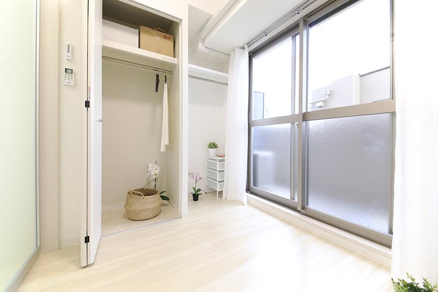 【ポルタニグラ】801号室_洋室_クローゼット収納_MG_9290