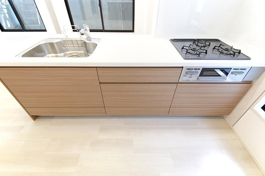 【リベルタカリーノ】301号室_LDK_キッチン周り_MG_6565
