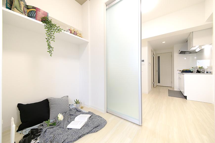 【ポルタニグラ】801号室_洋室_可動式仕切りドア_MG_9330