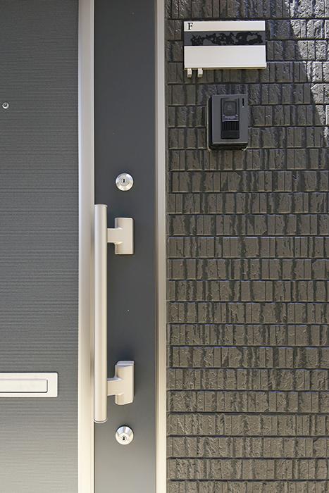 【J-Style枇杷島B棟】F号室_外観_玄関ドア周り_MG_4002