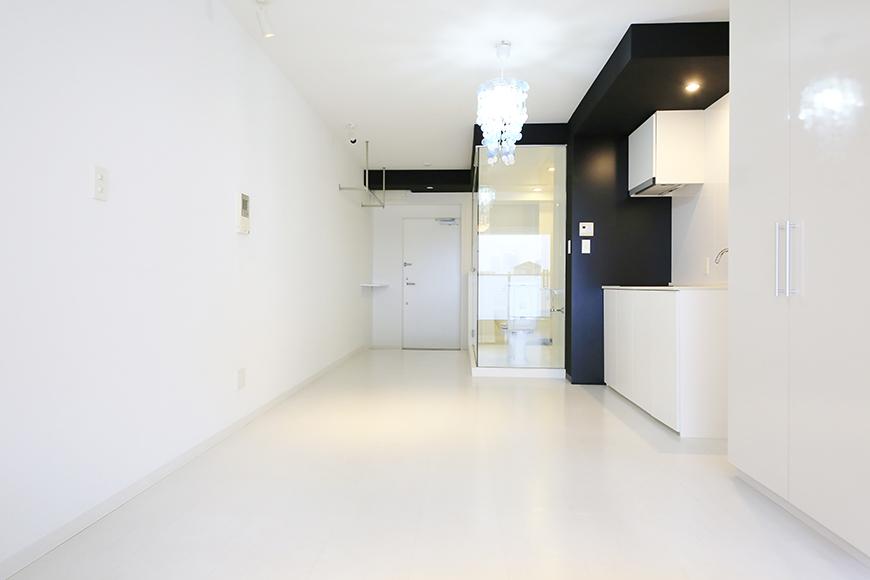 【FLATS GAZERY】309号室_リビングスペース・キッチン周り_MG_9727