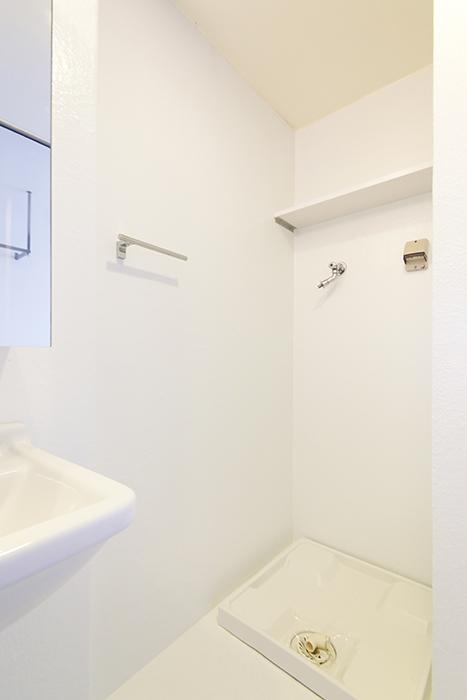 【FLATS GAZERY】309号室_サニタリールーム(水周り)_室内ん洗濯機置き場_MG_9626