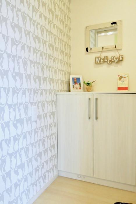 猫ちゃんの壁紙が貼られてた玄関。【Le Cat】猫の為の猫専用賃貸住宅。2