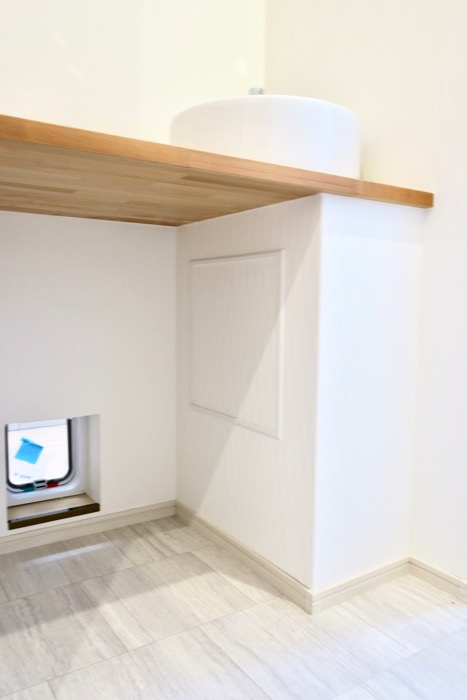人のトイレと猫のトイレ・・・。【Le Cat】猫の為の猫専用賃貸住宅。1