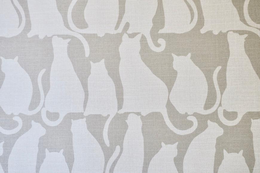 猫のデザインのクロスです。【Le Cat】猫の為の猫専用賃貸住宅。1