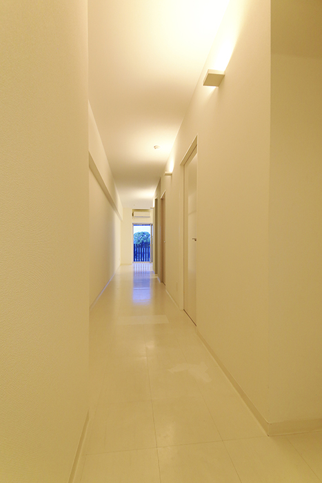 【FLATS GAZERY】401号室_廊下_MG_9958
