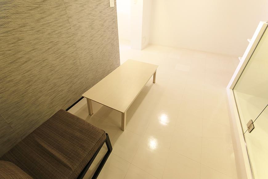 【FLATS GAZERY】403号室_水周り前の洋室スペース_MG_9047