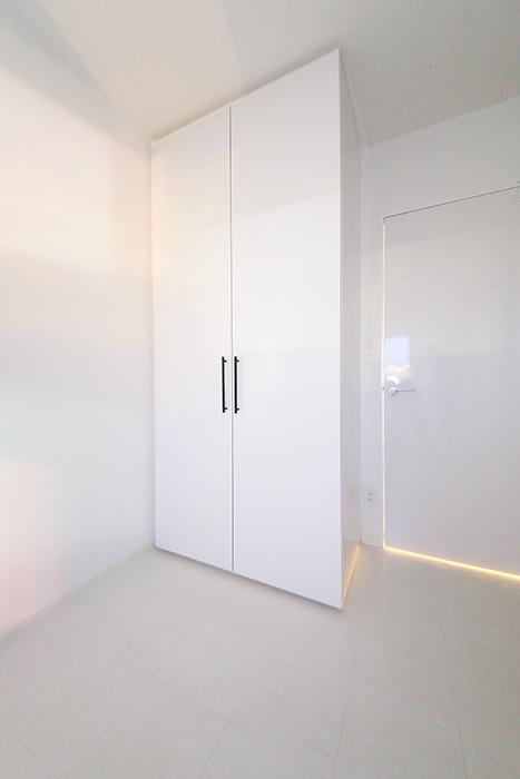 【FLATS GAZERY】401号室_洋室(4.5帖)のクローゼット収納_MG_0108