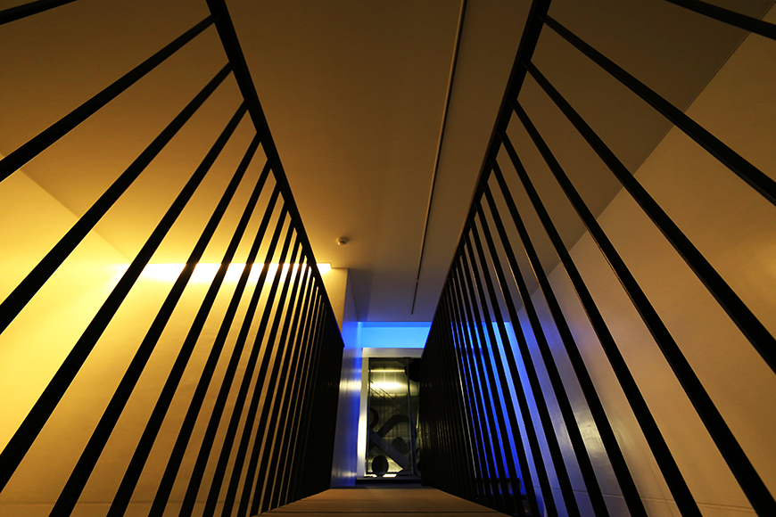 【FLATS GAZERY】2階_渡り廊下_MG_0351