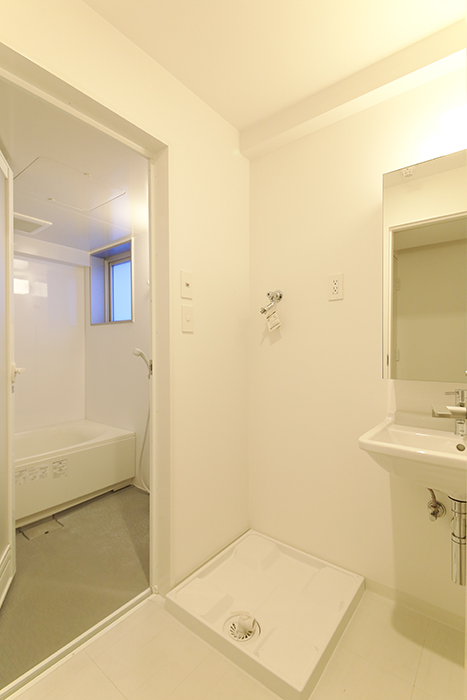 【FLATS GAZERY】401号室_水周り_室内洗濯機置き場_MG_9999