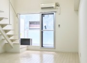 フレンチホワイトなお部屋。13.2帖のLDK。 MARUNOUCHI SQUARE (丸の内スクエア)5
